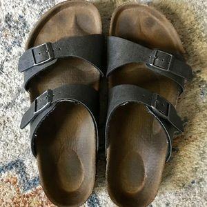 Birkenstock's Sydney (vegan) sandals. Sz. 9 (40).